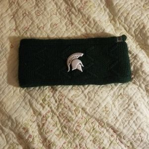 Knit head warmer for Michigan State University fan
